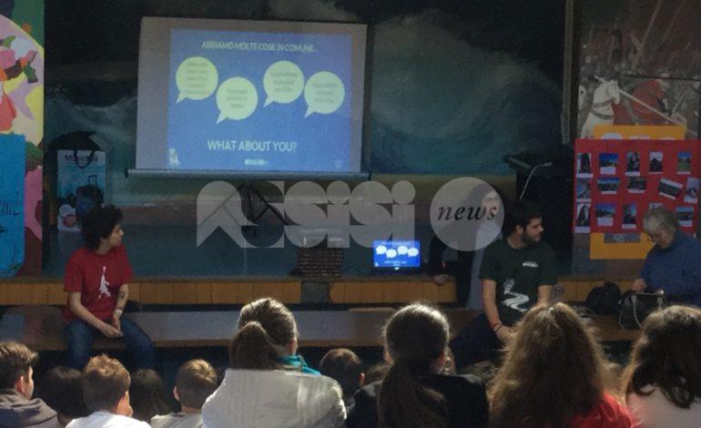 Il progetto EduChange fa tappa alla Frate Francesco: studenti da Siberia, Ukraina e Sri Lanka