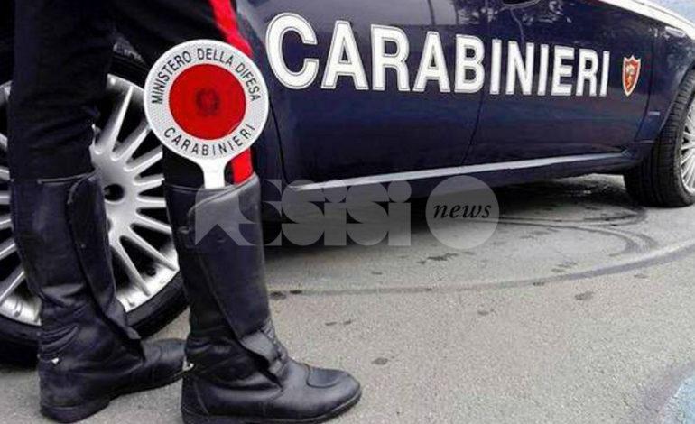 Spaccio di stupefacenti e furti, due arresti dei Carabinieri di Assisi