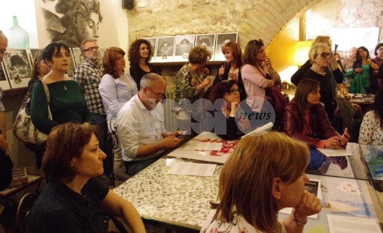 Violenza di genere, ad Assisi mostra fotografica e convegno