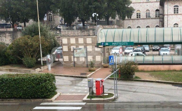 Convenzione del parcheggio di piazza Matteotti rinnovata fino al 2046? Il M5S non ci sta