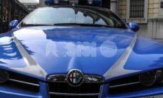Prima fugge, poi aggredisce i poliziotti: 27enne arrestato a Santa Maria