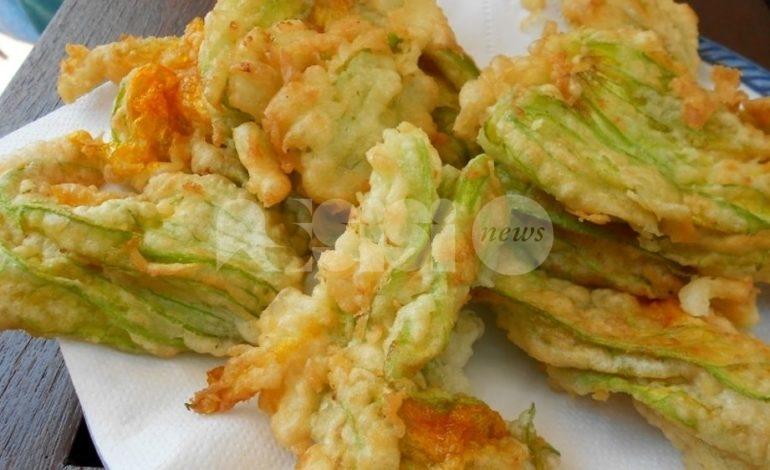 Fiori di zucca fritti (croccanti, semplici o ripieni): la ricetta tradizionale