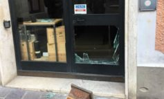 Furto con spaccata a Bastia Umbra, indagano i carabinieri