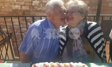 Sessanta anni di amore per Gisberto e Mirella: nozze di diamante ad Assisi