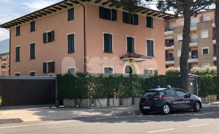 Tragedia alla Caritas, morto uno degli ospiti: indagini in corso
