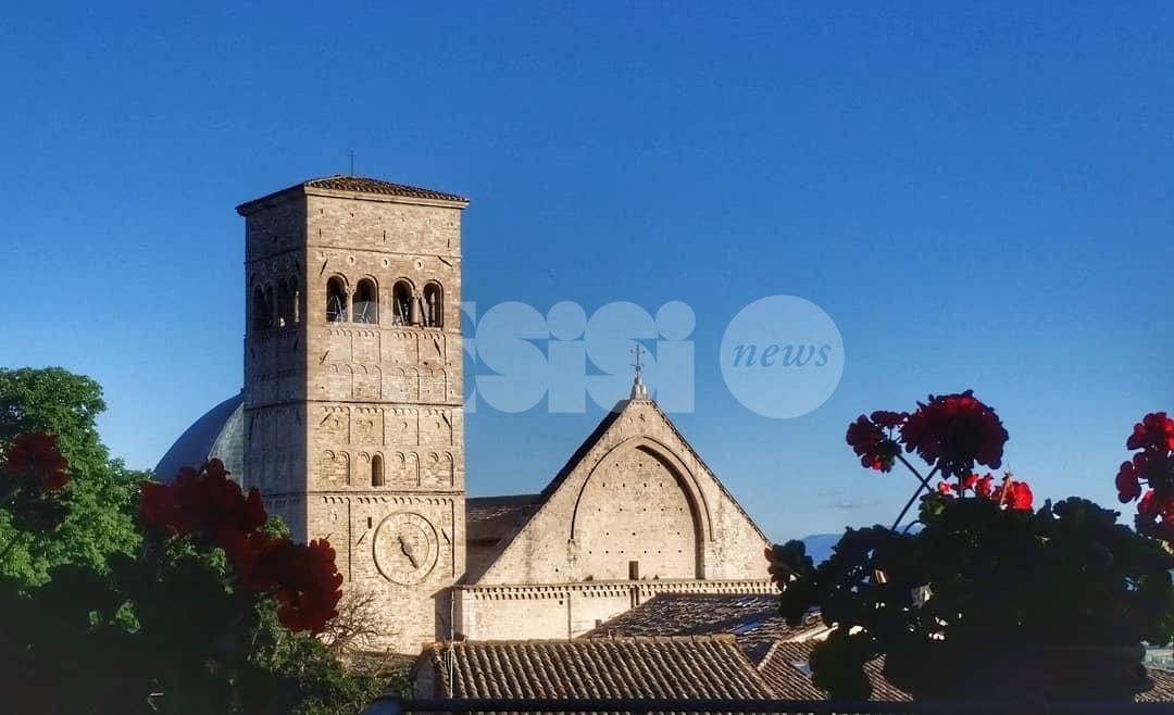 Volo, Libero volo nel cielo di Assisi, nuova mostra al campanile di San Rufino