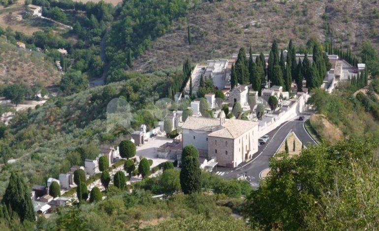 Ad Assisi arriva il piano regolatore dei cimiteri: interventi in 12 campisanti