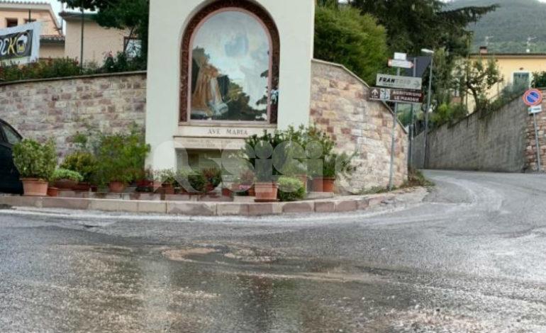 Perdita d'acqua a Viole riparata, ma rimangono le altre criticità