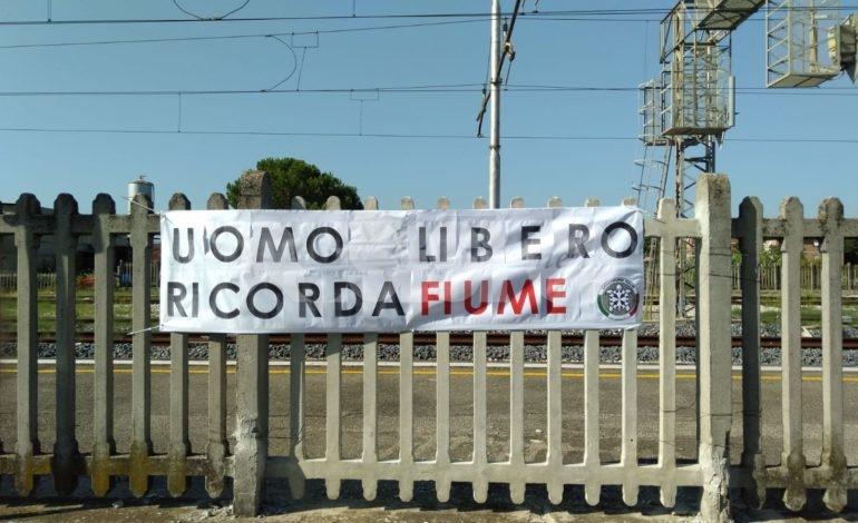 Impresa di Fiume, la municipale rimuove lo striscione commemorativo