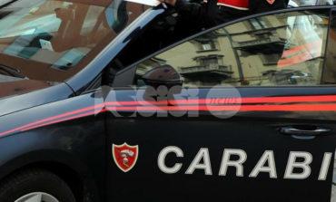 Ruba un paio di occhiali, denunciato dai Carabinieri (con l'aiuto dei cittadini)