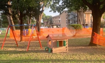 """Nuovi giochi per bambini alla scuola """"Cimino"""", altri saranno manutenuti"""