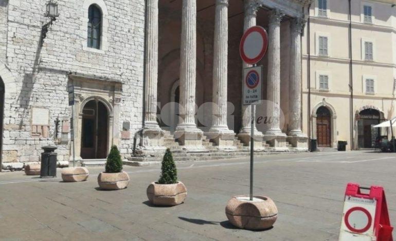 Apertura di Piazza del Comune, ad Assisi continua la mobilitazione