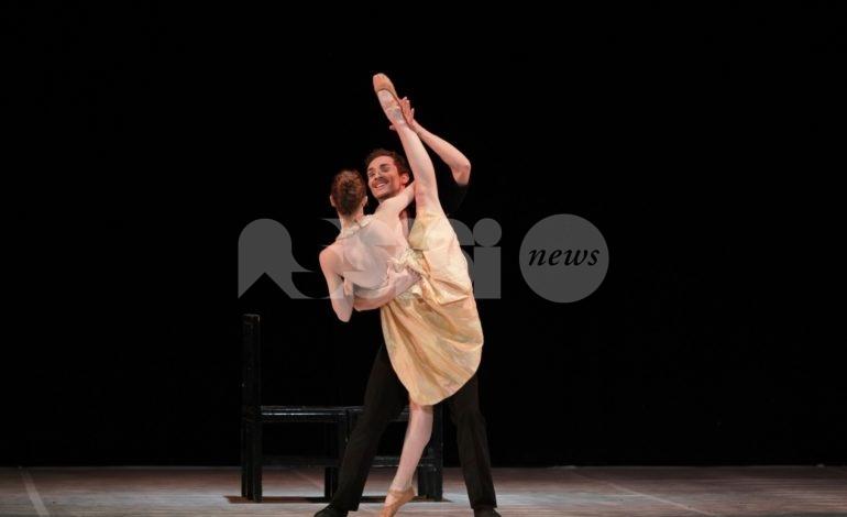 La vie en rose… Boléro sul palco del Lyrick di Assisi