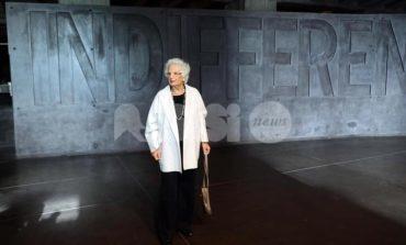 """Liliana Segre sotto scorta, la """"solidarietà e l'incoraggiamento"""" di Assisi"""
