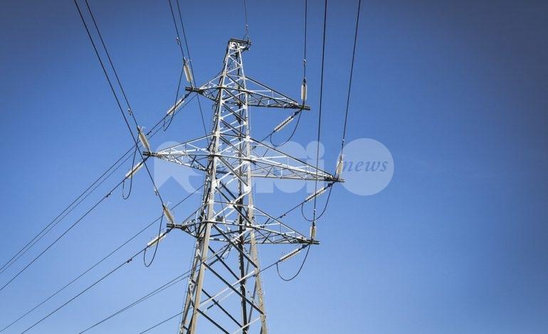 Interruzioni di corrente elettrica, la protesta dei cittadini