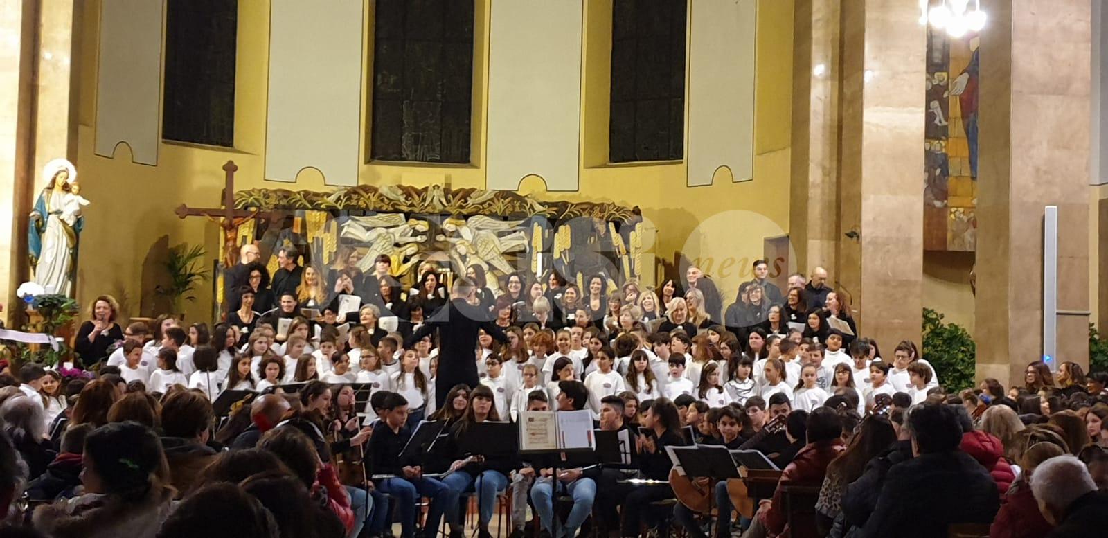 A Bastia il concerto di Natale 2019 all'Istituto Comprensivo Assisi 3 (foto)