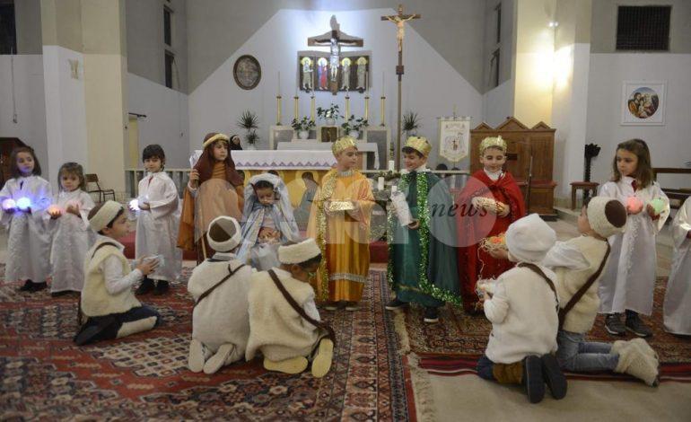 Recita di Natale 2019 alla Gesù Bambino di Castelnuovo, emozioni e risate