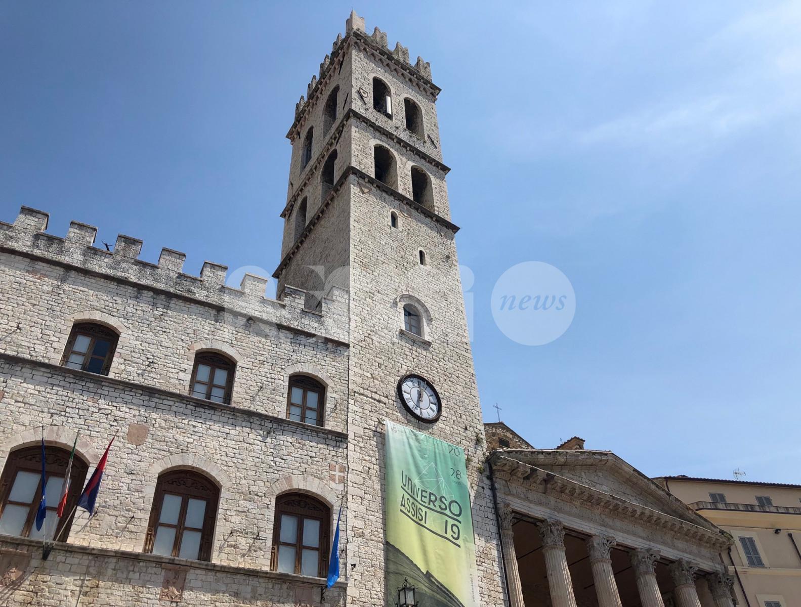 Le campane della Torre comunale non suonano più: la segnalazione