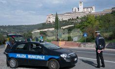 Pattuglie anti-assembramenti, due in giro per Assisi: regole rispettate