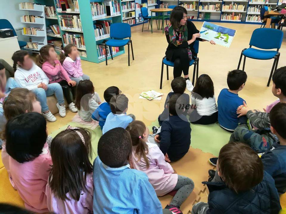 La scuola in biblioteca, ad Assisi hanno aderito circa 600 alunni