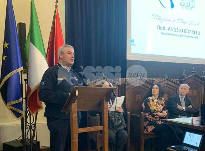 Angelo Borrelli riceve il Pellegrino di Pace 2019 ad Assisi