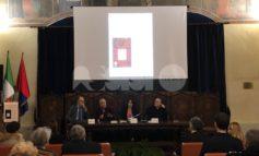 """La rete degli invisibili, Gratteri e Nicaso ad Assisi: """"La mafia si combatte facendo rete e partendo dalle scuole"""""""