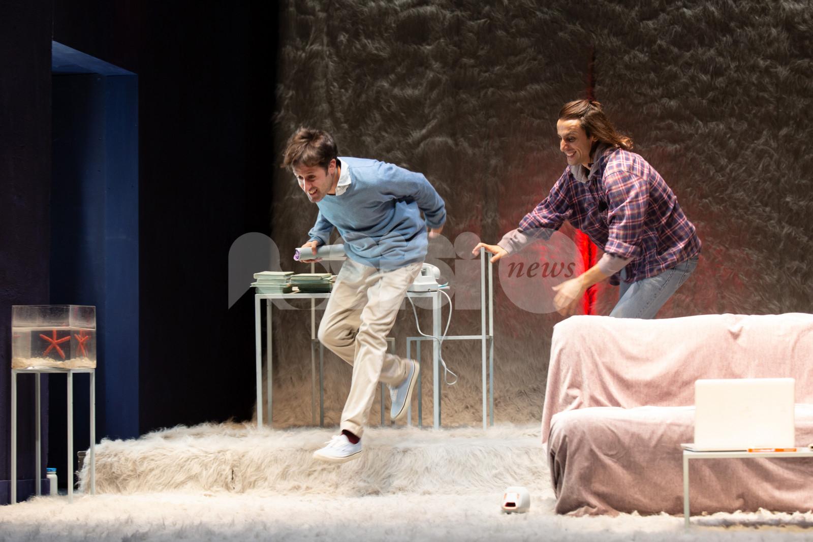 """""""Buon anno, ragazzi"""", del Teatro Franco Parenti agli Instabili"""