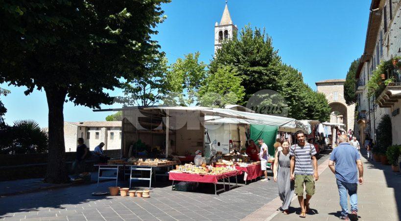 """Confcommercio Assisi: """"Soluzioni per mercato, scale mobili e Piazza"""""""