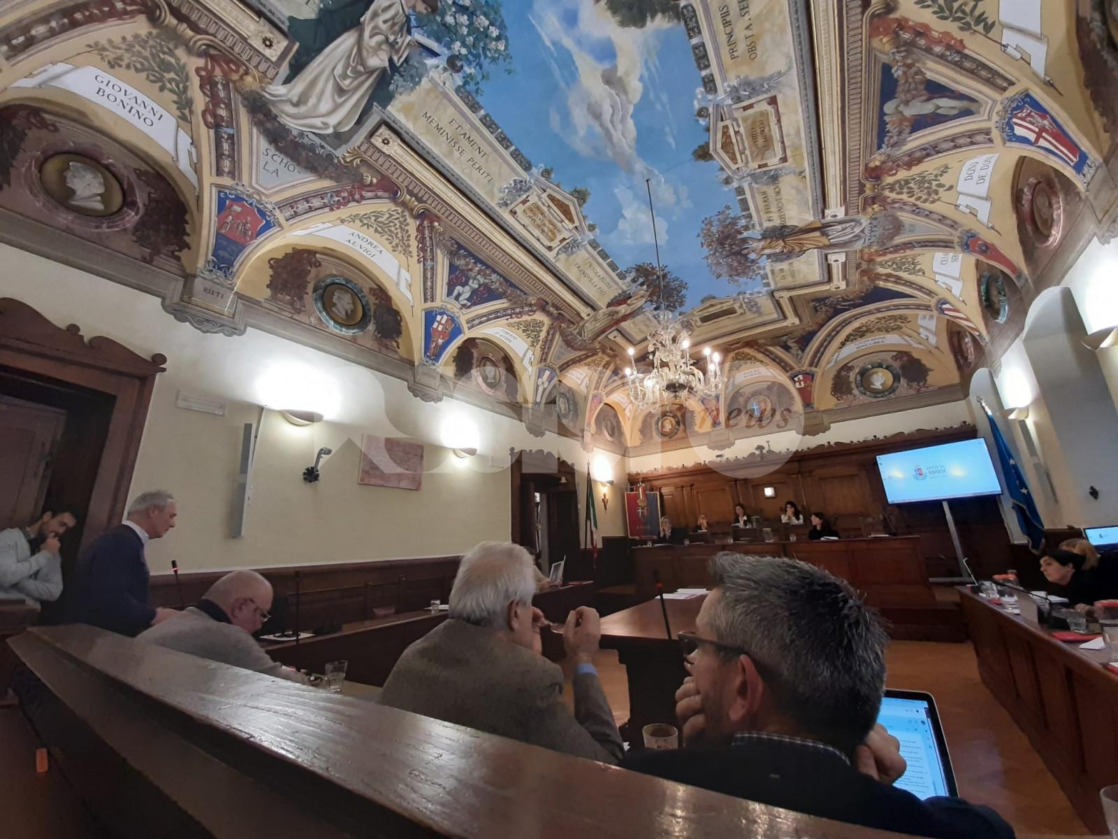 Viole d'Assisi avrà una piazza: il consiglio comunale approva la mozione