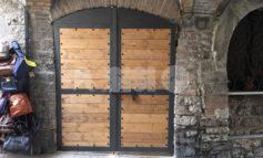 Porta 'abusiva' in via Sant'Agnese: indagini in corso