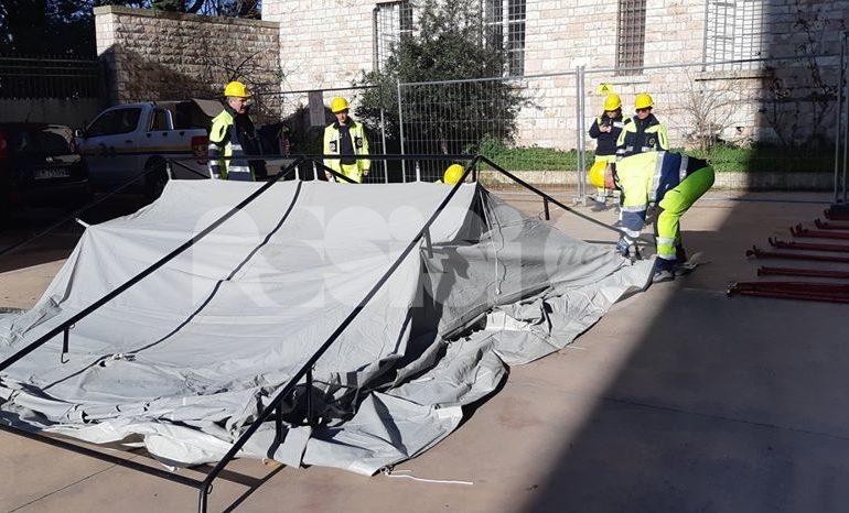 La Protezione Civile di Assisi insegna agli alunni del liceo Properzio