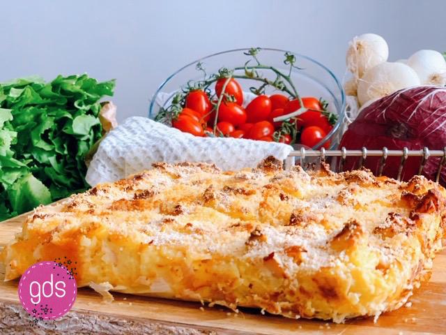 Sformato di patate semplice con mortadella e mozzarella: ricetta, ingredienti e preparazione