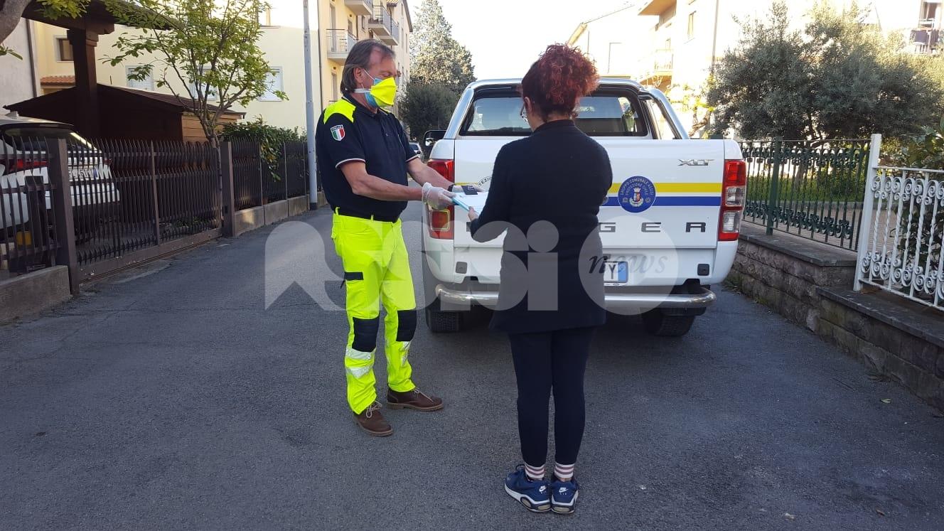 Buoni spesa ad Assisi, consegnati a 400 famiglie in difficoltà