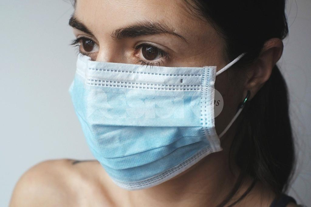 Mascherine chirurgiche certificate a 50 centesimi alla farmacia comunale di Assisi