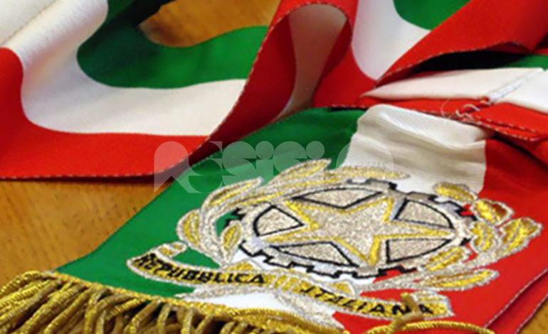 Uso improprio della fascia tricolore, Fratelli d'Italia Assisi contro il sindaco