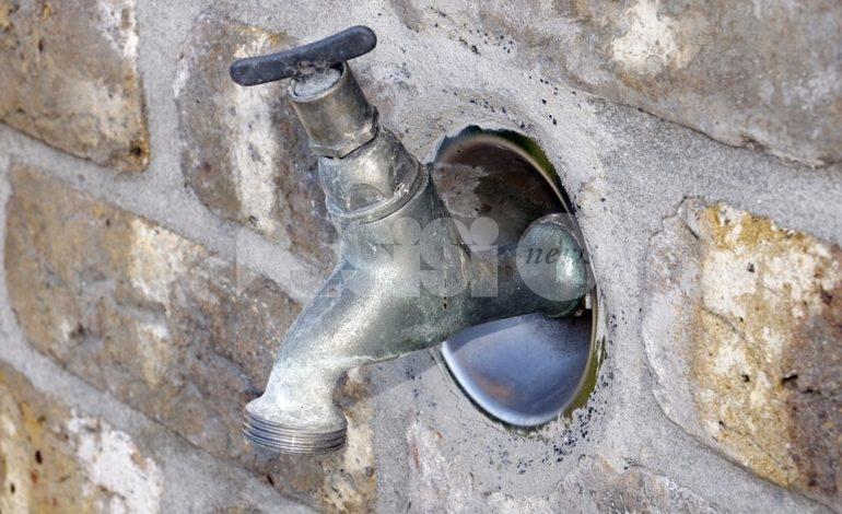 Carenza di acqua a Viole d'Assisi, effettuato un intervento tampone