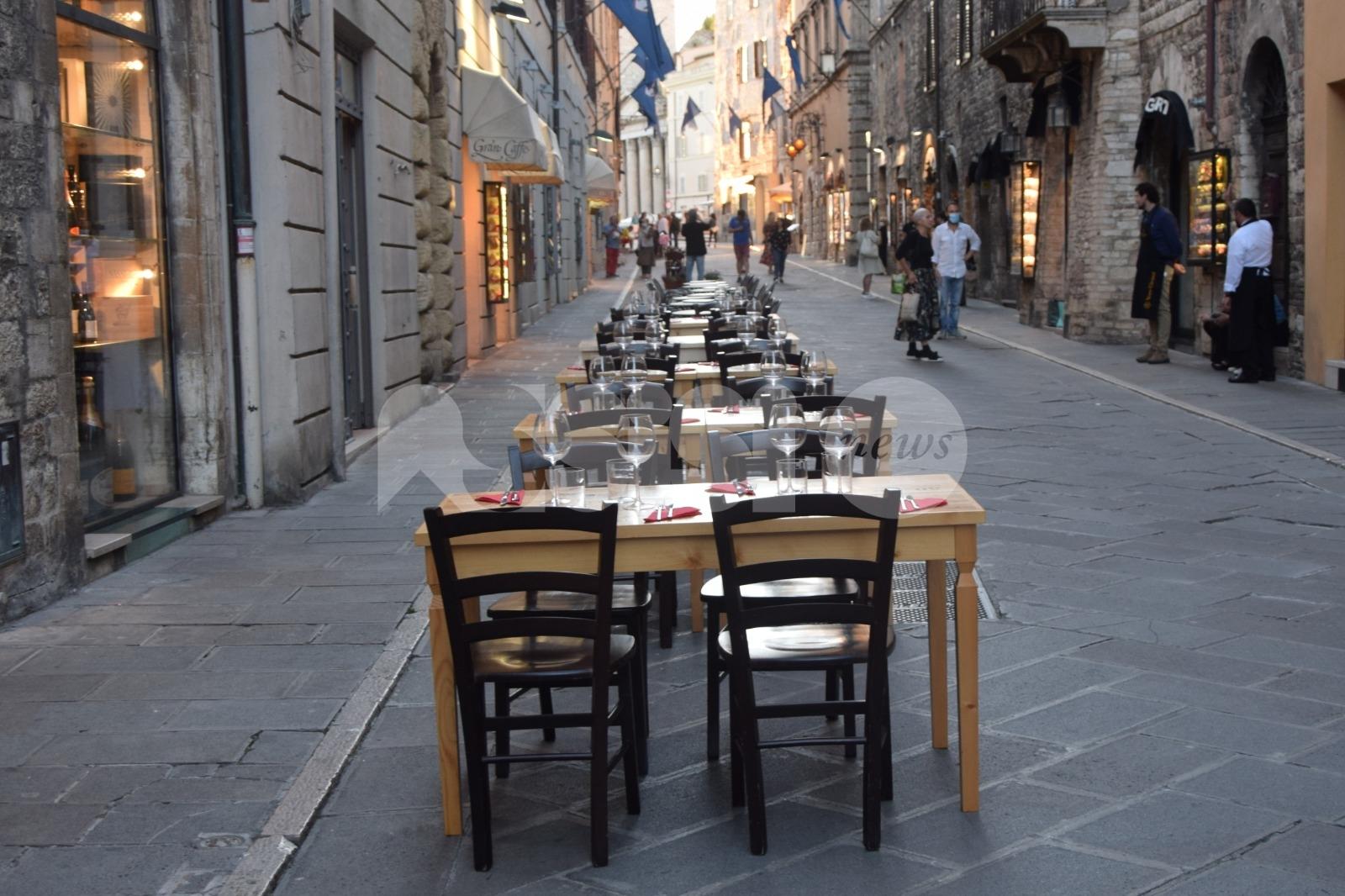 Corso Mazzini ristorante a cielo aperto nei festivi e prefestivi fino al 31 luglio