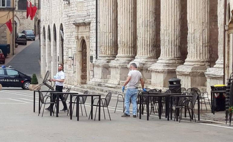 Ristoranti, bar e locali all'aperto: sabato 20 si parte da Assisi e Santa Maria
