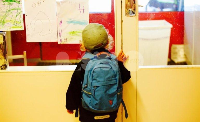 Scuola elementare di Castelnuovo, una frazione intera si mobilita per la riapertura