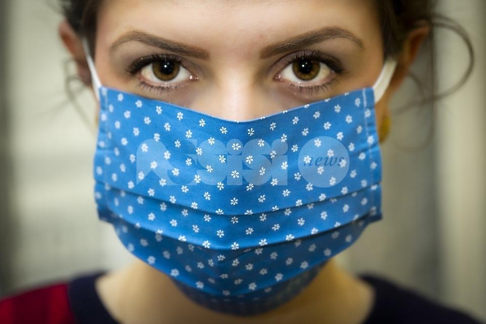 Discoteche chiuse e mascherine obbligatorie nei luoghi della movida: nuova ordinanza del ministero della Salute