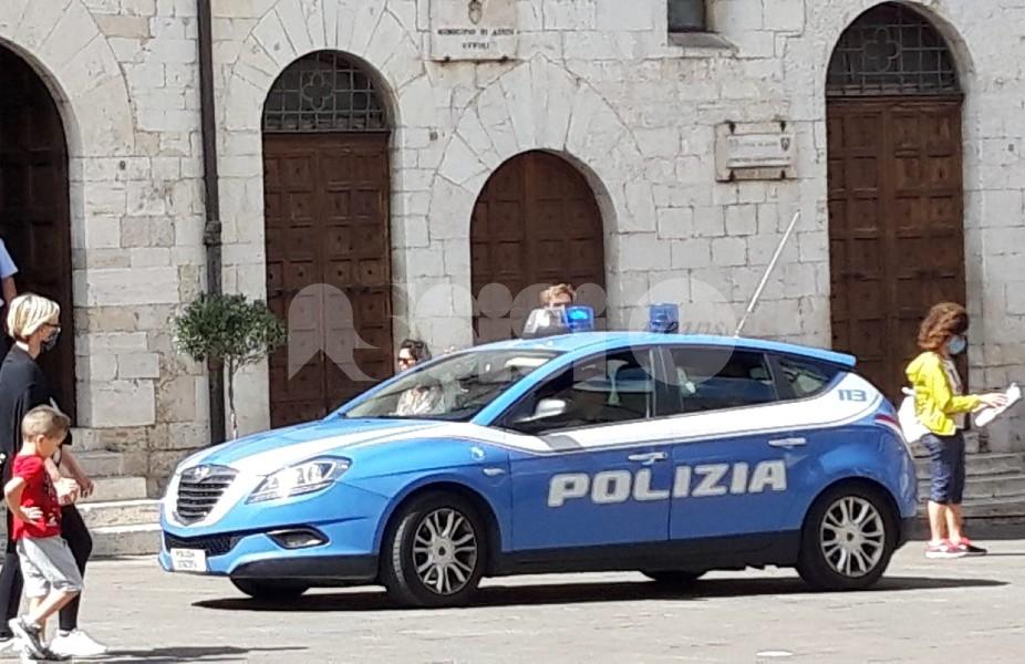 Stalking contro l'ex compagno, Polizia arresta 32enne assisano