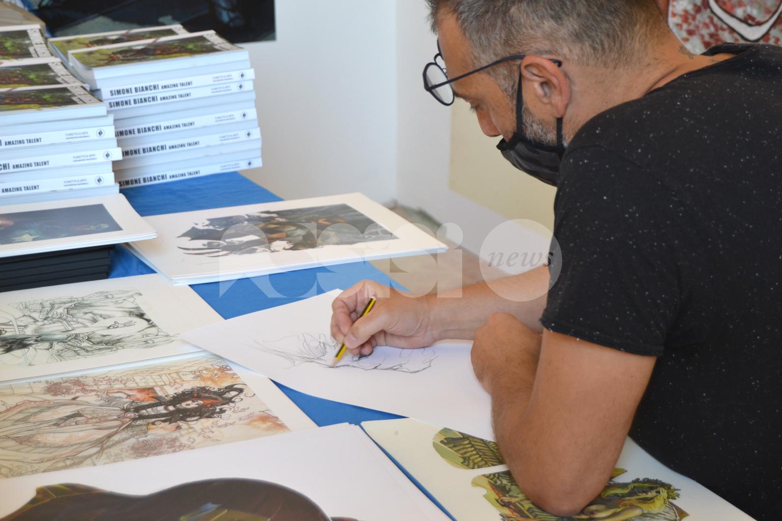 "Tiferno Comics 2020, tanti visitatori per ""Simone Bianchi – Amazing Talent"""