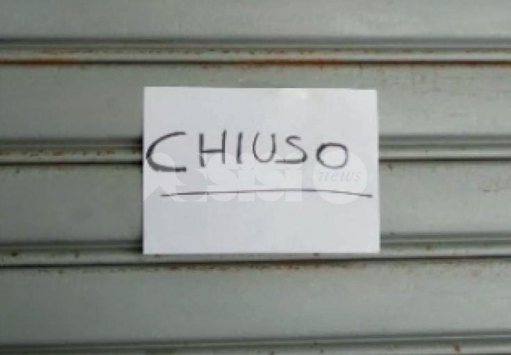 """Lega Umbria: """"Sostenere gli esercizi commerciali, siano aperti la domenica"""""""