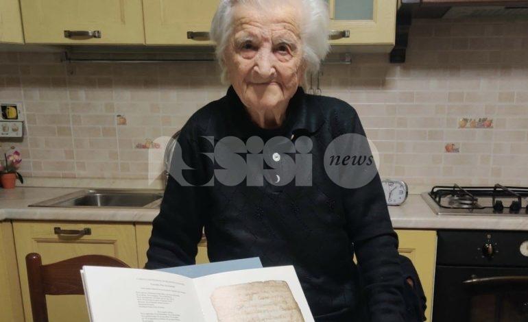 Elisa Profumi compie 101 anni: grande festa a Castelnuovo di Assisi