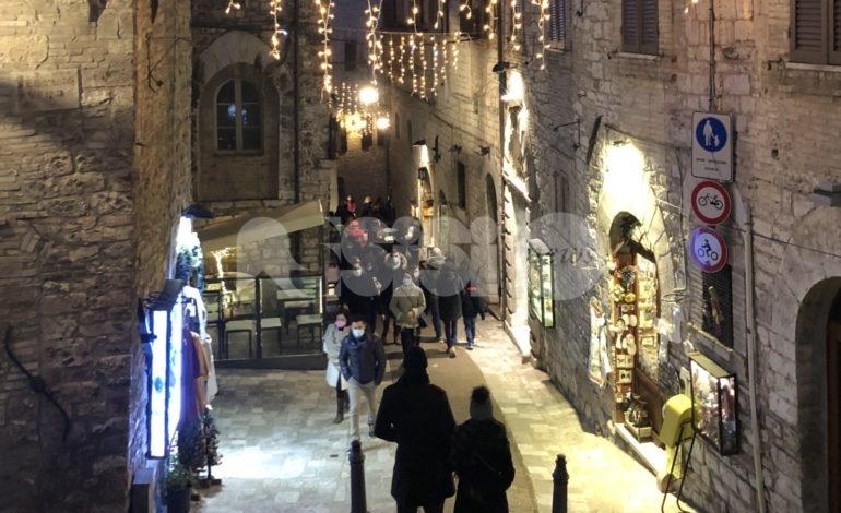 Assisi e l'Umbria tornano a riempirsi e registrano una domenica da sold-out