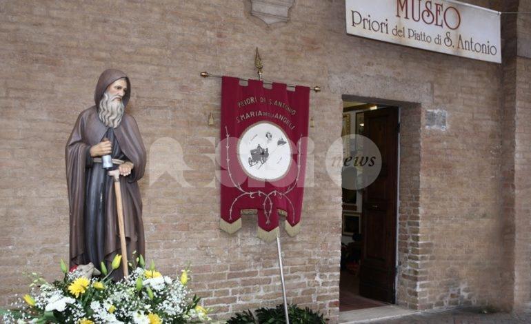 Piatto di Sant'Antonio 2021, festa a Santa Maria in forma ridotta (foto)