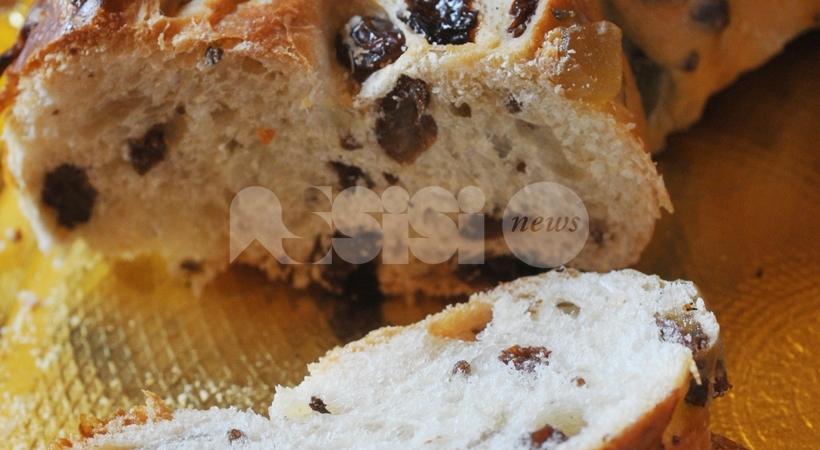 Torcolo di San Costanzo: ricetta e storia del dolce tipico perugino