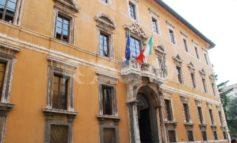 Regione Umbria, presidente Tesei firma ordinanza: scuole superiori in presenza al 70 per cento