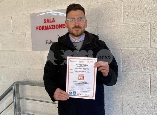 FA.MA infissi investe in formazione, Giacomo Zibettiè nuovo posatore certificato