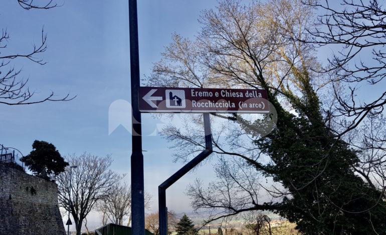Rocca Sant'Angelo, un altro cartello stradale sbagliato